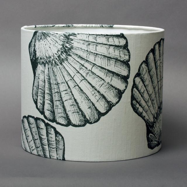 scallop shell lampshade black on ecru cotton beach. Black Bedroom Furniture Sets. Home Design Ideas