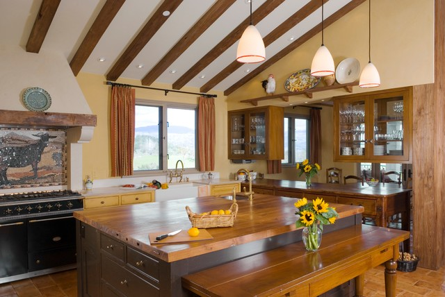Lighting design mediterranean kitchen san francisco for Tuscan style kitchen lighting
