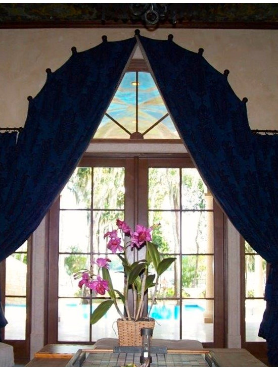Drapery Ideas - Arched panels on medallions