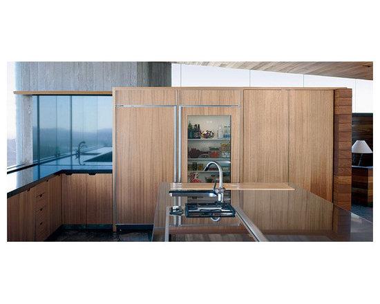 "Sub-Zero 36"" Built-in All Refrigerator, Stainless Steel | BI36RGSTH -"