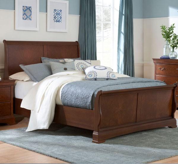 Rhone Manor Queen Sleigh Bed In