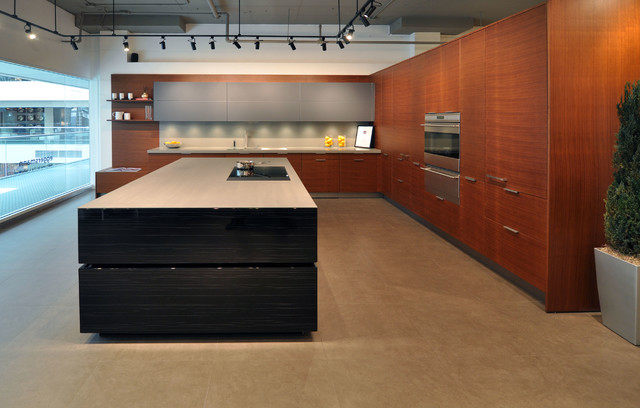 Eggersmann DCOTA Showroom | Ft. Lauderdale, FL contemporary-kitchen
