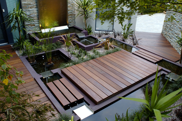 Water Features - Outdoor Fountains - melbourne - by H2O Designs