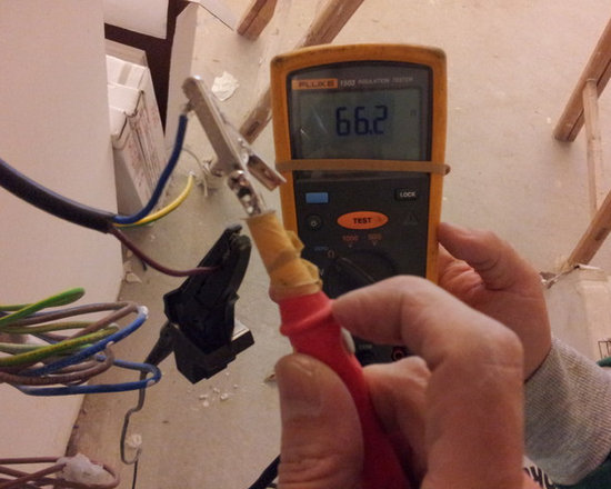 Checking Resistance of heat wire. - Resistance of every installed 'Warmup' heat wire has to be checked.