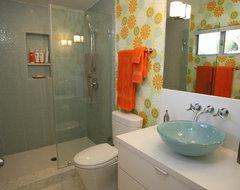 Den Bath modern-bathroom
