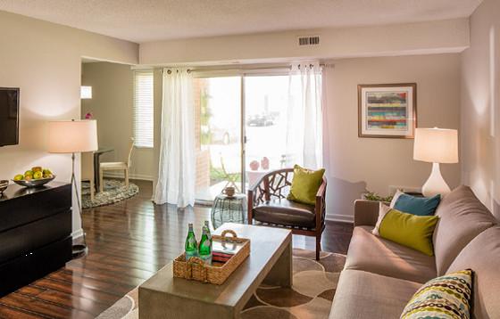 Echelon Glen Apartments - Voorhees, NJ contemporary-living-room
