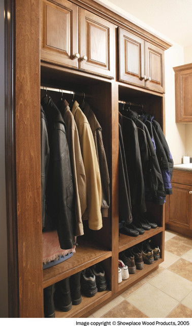 Showplace Cabinets - Laundry Room - Traditional - Laundry Room - other metro - by Showplace Wood ...