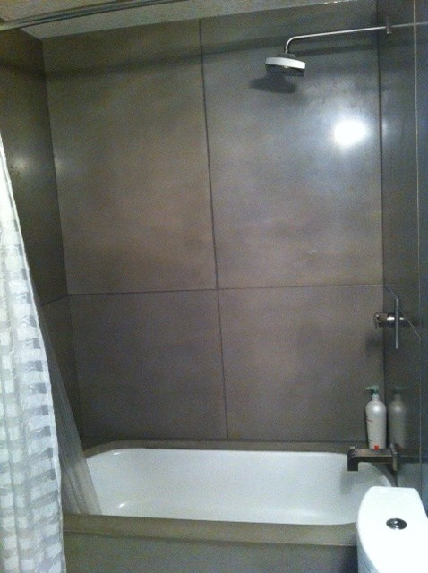 Bathrooms contemporary-tile