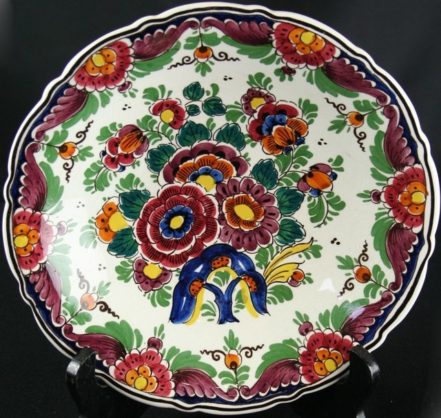Small Consigned Vintage Hand-Painted Polychrome Delft traditional-plates