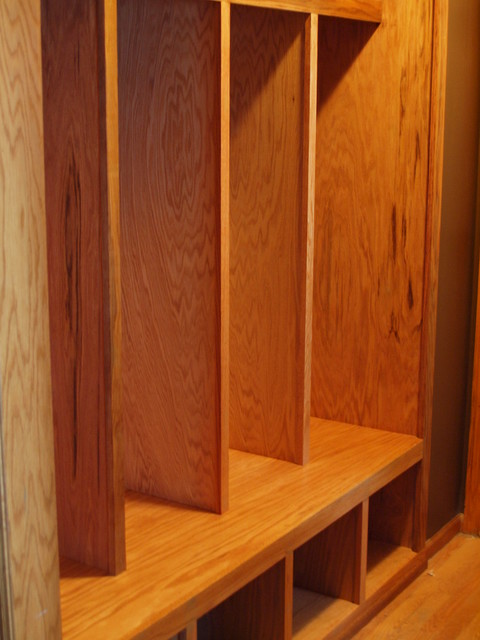 Custom Built In Mudroom Lockers