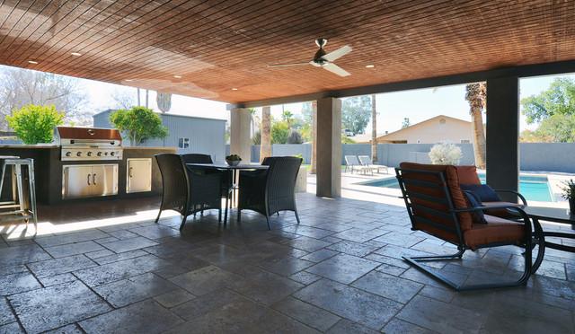71st St Scottsdale Az Contemporary Patio Phoenix By Linear Investments Llc