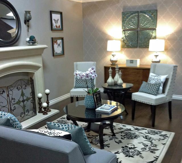 Small Living Room modern