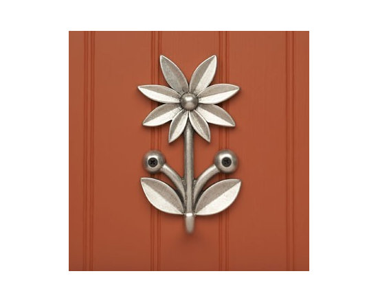 Beehive Daisy Hook - The Daisy Hook by Beehive is perfect for small utensils, keys, dish towels or any other little necessities you need to store and find easily! Coordinates with all of the other hooks.