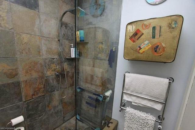 Broadway Market Wet-Room rustic-bathroom