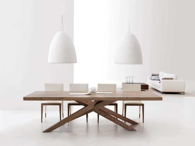 Essencial Collection dining-tables