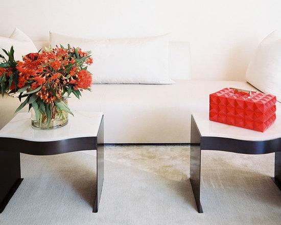 White Donghia Sofa -