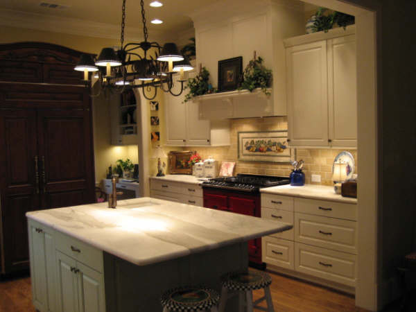 Kitchens by Maggie Grants traditional-kitchen