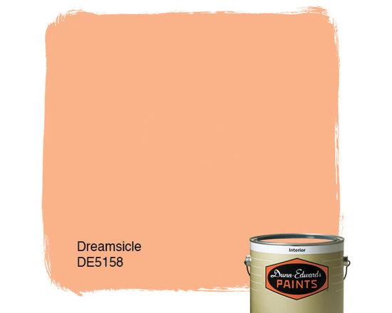 Dunn-Edwards Paints Dreamsicle DE5158 -