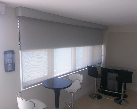 Motorized Solar Roller Shades with Blackout Cellular -