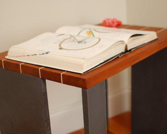 """Panels End Table - Mahogany Top, Glass Fiber Reinforced Concrete legs, 24""""W x 15""""D x 20""""H"""