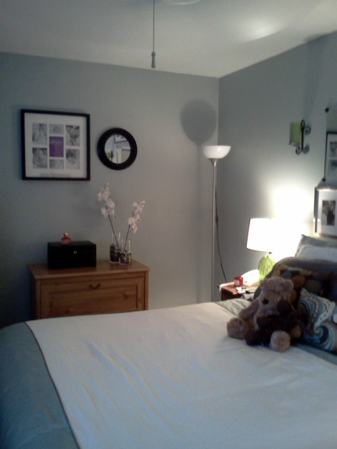 Staging for Real Estate Sale contemporary-bedroom