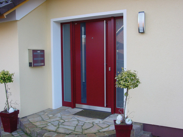 Custom entrance doors contemporary front doors for Contemporary house front doors