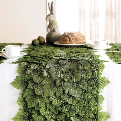 Grape Leaf Table Runner traditional-tablecloths