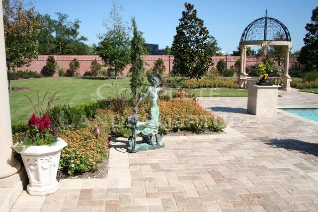 Formal Gardens traditional-landscape