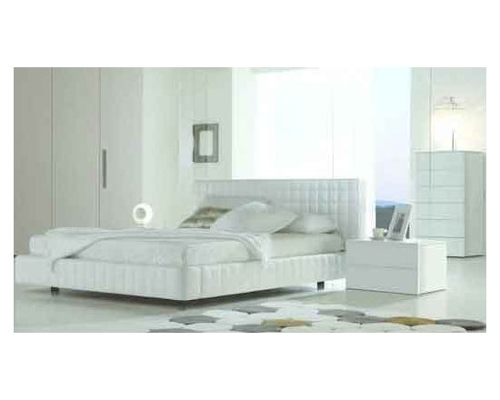 Alix Leather Platform Bed By Rossetto - Rest within a cloud in the Alix Leather Platform Bed,which features a creamy white Italian leather headboard and platform structure that is completed covered with square quilting. Modern and utterly functional,the bed adds peace to any bedroom.