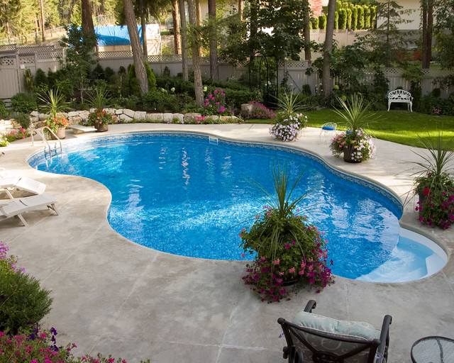 Residential pools kelowna for Pool design kelowna