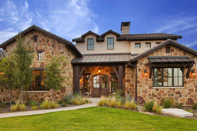 Old world hill country residence for Traditional country homes