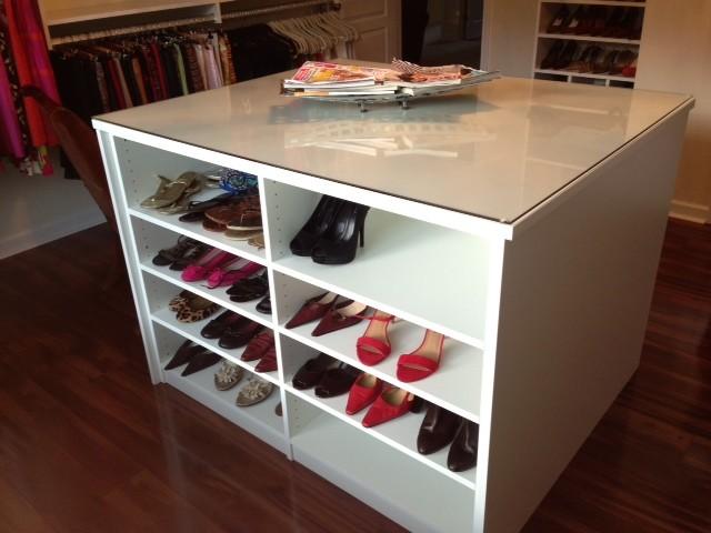 Dressing Room Suite contemporary-closet