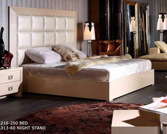 Luxury Platform Bed in Champaign Crocodile Leather - Features: