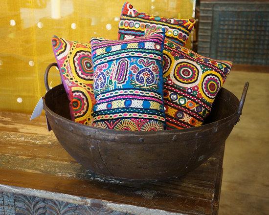 Antiques pots and planters - Antique Iron bowl
