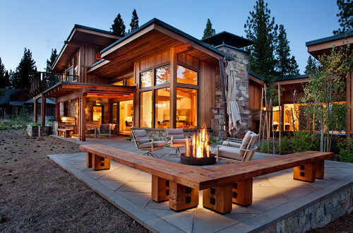 Rustic Patio by Truckee Architects & Building Designers Ryan Group Architects