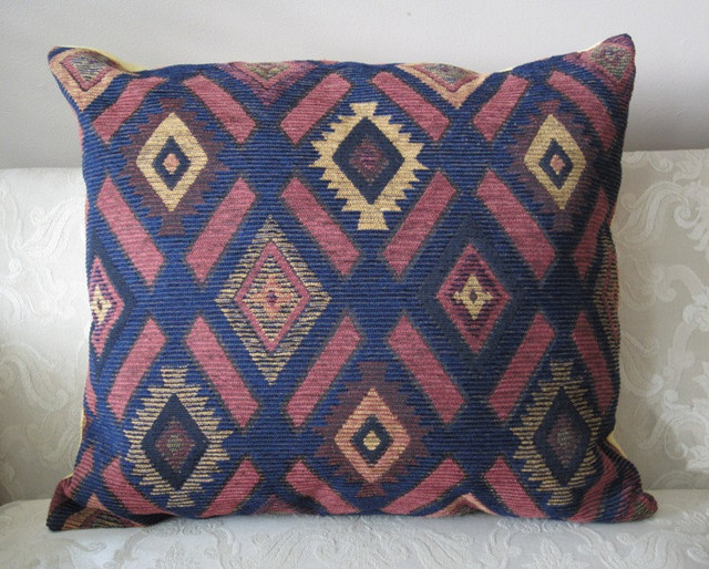 AIN'T THAT A STITCH! eclectic-decorative-pillows