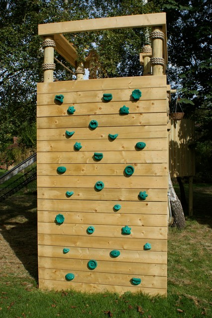 Climbing Walls for treehouses, adventures, fun and gardens ...