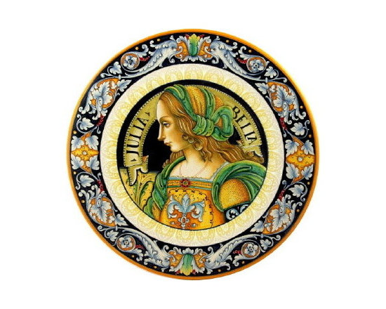 Artistica - Hand Made in Italy - Segoloni: Masterpiece Wall Plate Woman (16D.) - The majolica of Deruta is noted for its stylized portrait of heads and figures. In the renaissance era, these masterfully hand painted wall plates and containers, were exchanged as gifts among the noble families as they were often commissioned to depict a family member and also exchanged in special occasions between lovers for wedding or anniversary occasions.
