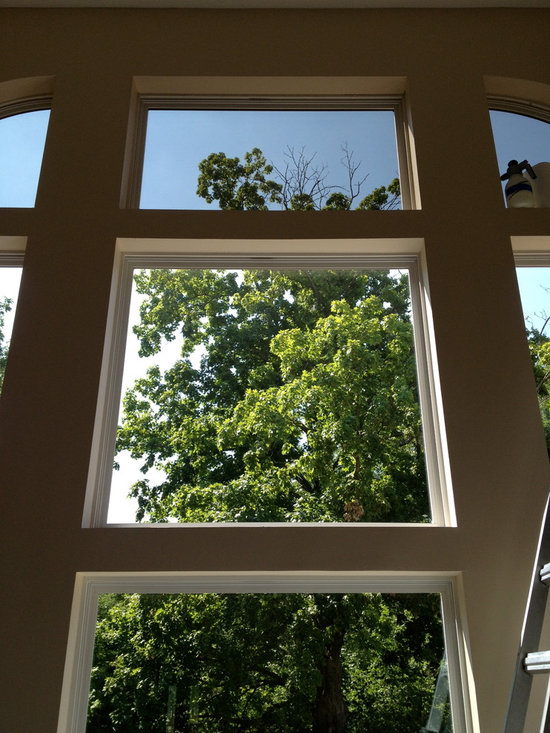 Vaulted Rooms With Window Film Application - Great rooms with high ceilings and walls of window are an amazing feature in many houses. We love to help keep out the glare, heat and UV light so you can leave the windows uncovered and enjoy their natural beauty.