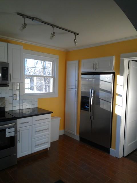 Solon Drive modern-kitchen