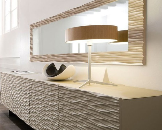 Aura Sideboard - Sideboard with wooden, lacquered wood or decorated doors provided with blumotion system.Option with 3 drawers . Wooden or lacquered wood frame.Clear tempered glass inside shelves. Chromed steel base.
