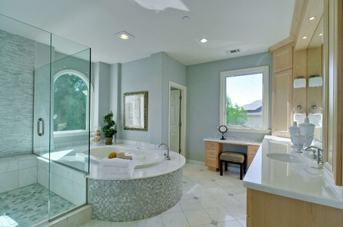 traditional bathroom Rayco Painting Company Recieves Best of Houzz 2014 Award