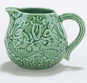 Verde Bunny Creamer traditional-sugar-bowls-and-creamers