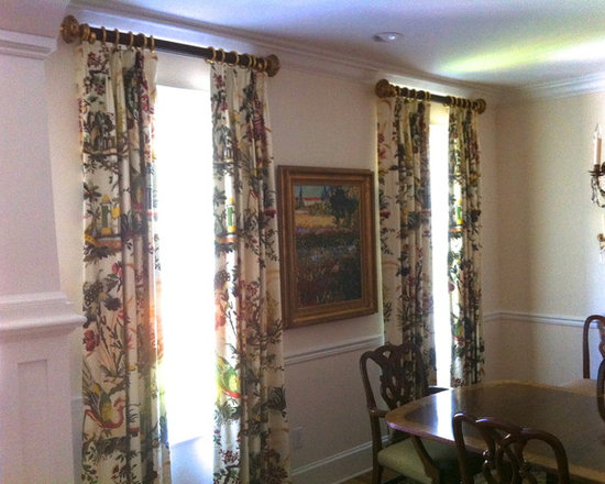 Dining Room - Simple stationary side panels. Design by Michael Meloy.  Installation by Curtain Pros.
