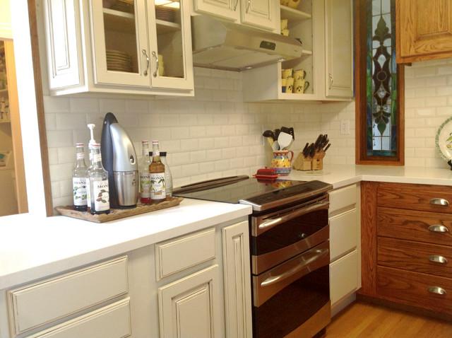 Seashell Quartz Kitchen traditional-kitchen