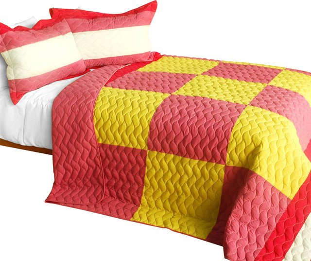 Anna love 3PC Vermicelli-Quilted Patchwork Quilt Set  Full/Queen Size contemporary-quilts-and-quilt-sets