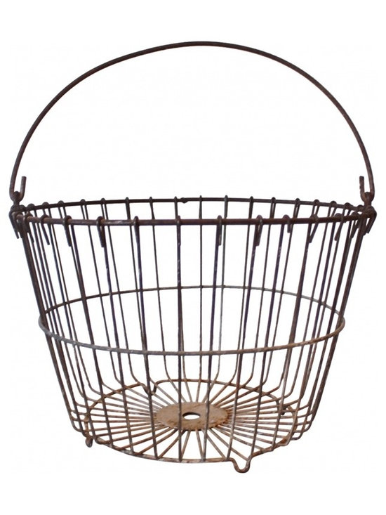 Wire Basket - Vintage wire egg gathering basket in perfect condition.