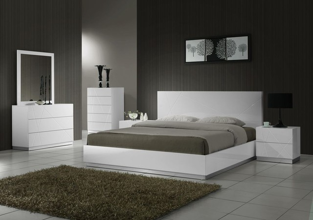 Elegant Wood Luxury Bedroom Sets - Modern