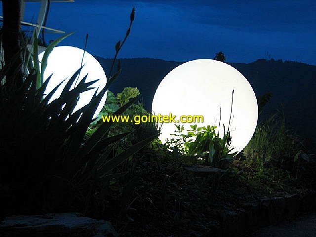 Decoration Garden Glowing Ball Lighting modern-outdoor-holiday-decorations