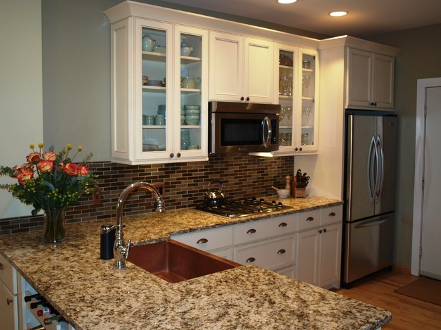 Holiday Kitchen Cabinets Installed By Emery Home Builders